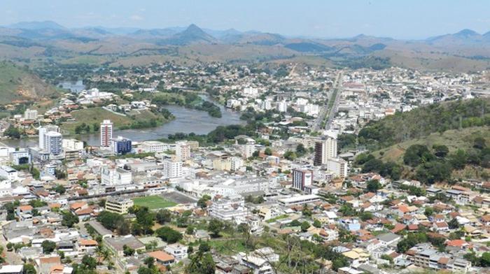 MPRJ investiga denúncias de 'fura-fila' na vacinação contra a Covid-19 em Itaperuna e outras cidades do RJ