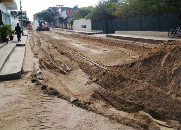 Protestou, arrumou! Após manifestação, Prefeitura de Itaperuna realiza obras na Av. Santos Dumont