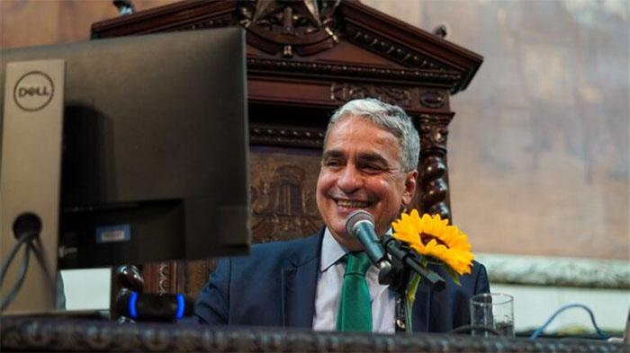 Apoiado por Lula, nome de André Ceciliano se firma como candidato ao Senado