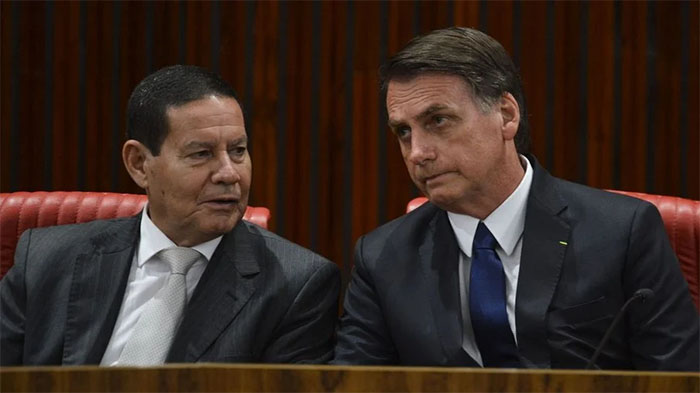 TSE pretende julgar processo contra Jair Bolsonaro em até um mês