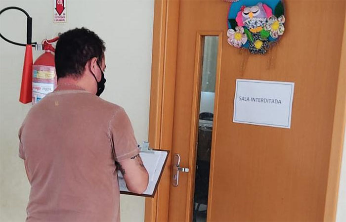 Equipe de T. I. da SEMED Itaperuna realiza visita técnica em escolas