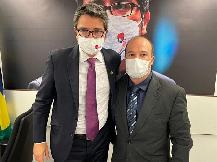 Secretário de Governo, Murilo Gouvêa protocola pedido de verbas para a Saúde de Itaperuna e região